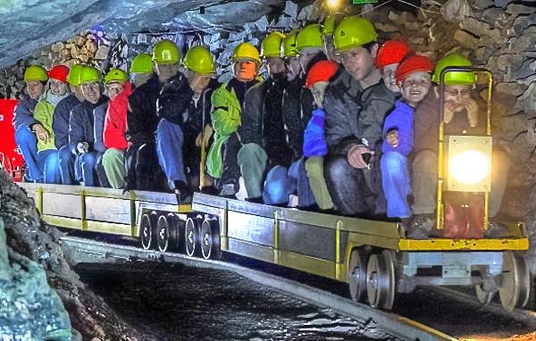 Horgen Stollenfahrt Bergwerk Käpfnach